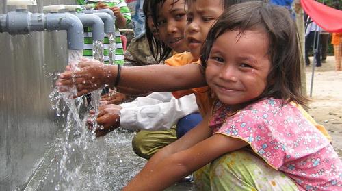 Nước sạch và bảo vệ môi trường nước